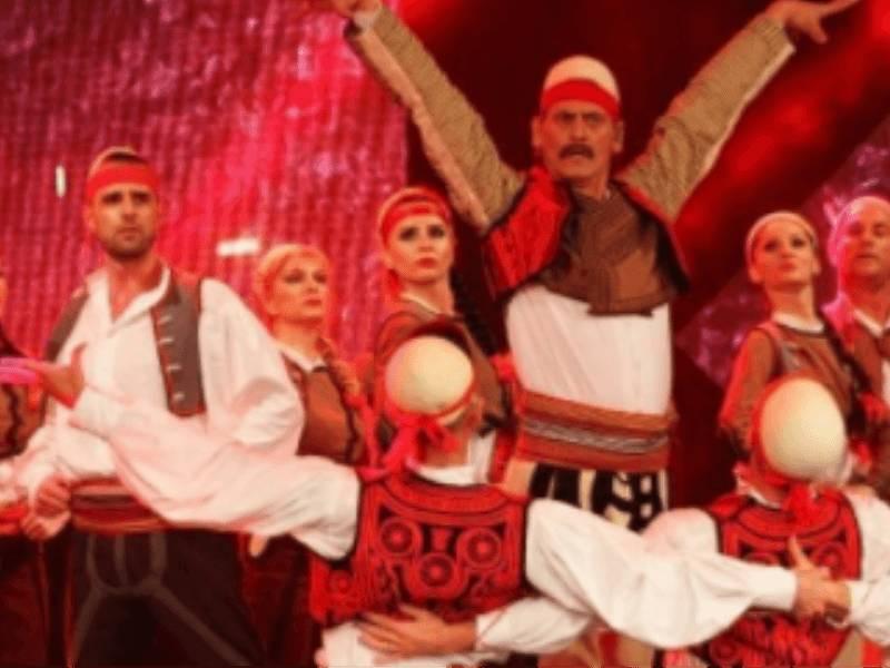 Agolli i përulet mjeshtrit të valles shqiptare