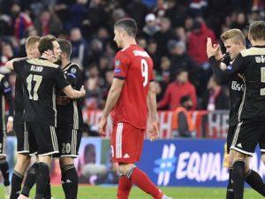 Ajax fabrikë lojtarësh, Arsenali kërkon një tjetër yll