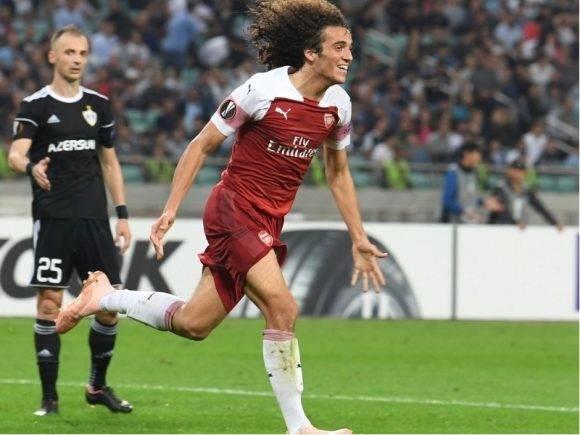 """Arsenal """"i lehtë"""", por Agolli dhe Qarabag nuk e përballojnë dot (VIDEO)"""
