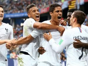 Botërori 2018/ Uruguai nuk është problem, Franca në gjysmëfinale (video)