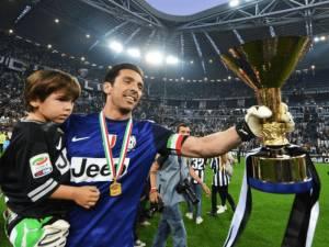 Buffon gati të transferohet te PSG, zyrtarizohet në fundjavë