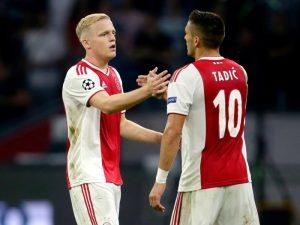 Champions play off/ Ajax është një hap larg kualifikimit (video)