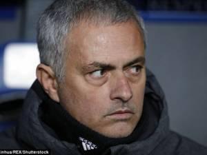 Fellaini e ka futur Mourinho-n në mendime të thella