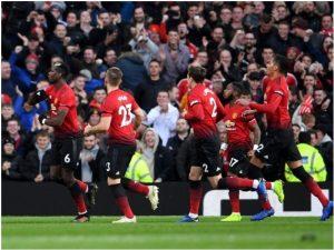 Francezët nderojnë Manchester United, Mourinho merr frymë lirisht / VIDEO