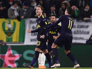 Higuain udhëheq Juven, por Tottenham e bllokon |VIDEO
