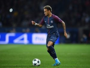 I premtoi besnikëri PSG, por e ardhmja e Neymar është në Premier League