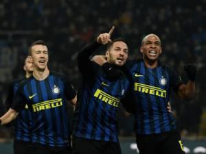 Inter në pritje të ofertës për mesfushorin, United bëhet gati!