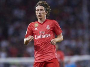 Inter rikthehet në garë për Modric
