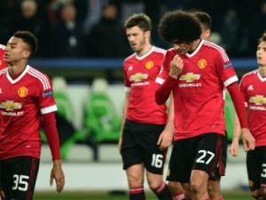 Ishte pranë largimit, por United i rinovon kontratën