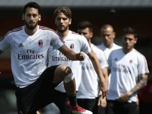 Milan rrezikon Europën, por dy lojtarë e duan edhe pa të