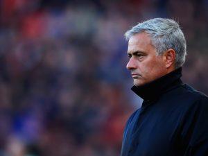 """Mourinho """"çmend"""" Manchesterin, kërkon akordin me kampionin e botës"""