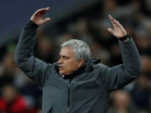 Mourinho i xhindosur: Të pësosh gol pas 11 sekondash? Qesharake…