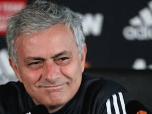Mourinho justifikon Sanchez, në hall për Pogba