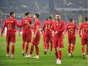Mungon Ronaldo, Silvat i japin fitoren Portugalisë (VIDEO)