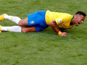 Neymar shfajësohet: Si do të vepronit ju nëse do të ishit në vendin tim?
