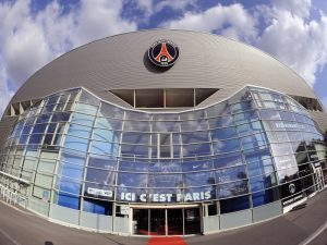 PSG përgatit një ofertë 100 milionëshe për yllin e Tottenham