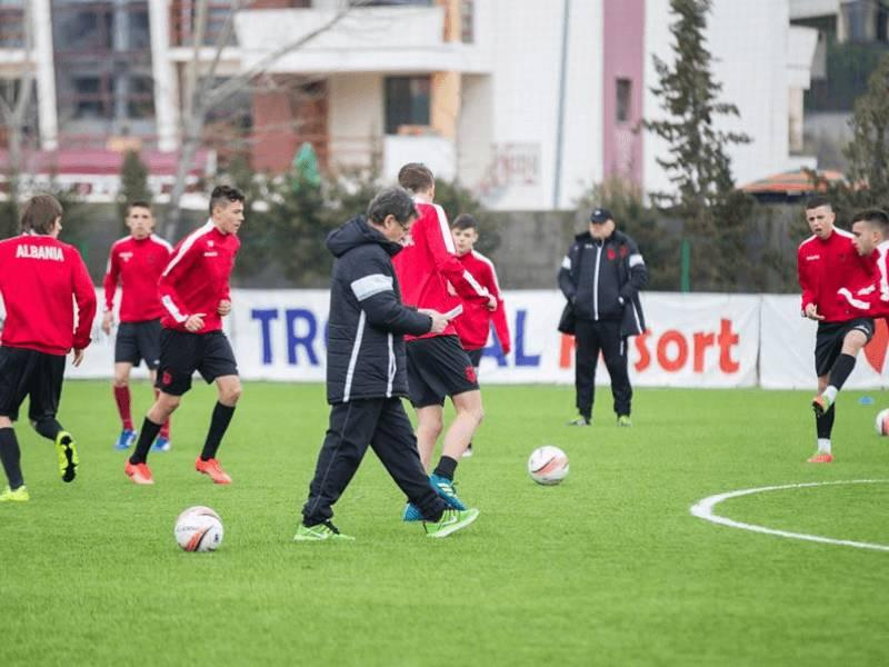 Talentet e U-17 në vëzhgimin e Mustedanagiç
