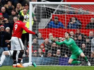 Video/ Lukaku dhe Sanchez likuidojnë Swansea