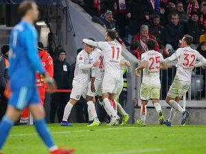 Bayern zhgënjen sërish, Dortmund merr një tjetër fitore (video)