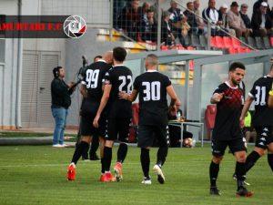 Bushiç mposht Partizanin dhe i jep Flamurtarit 3 pikë