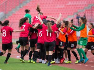 Femra | Shqipëria U-17 mëson rivalët e Europianit