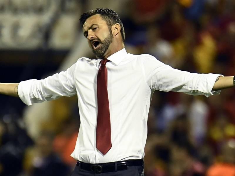 Panucci-t nuk i mbajnë nervat: Ku të vete pa 14 lojtarë?