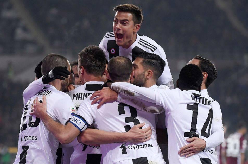 Ronaldo i pagabueshëm, Juvja triumfon në derbin e Torinos