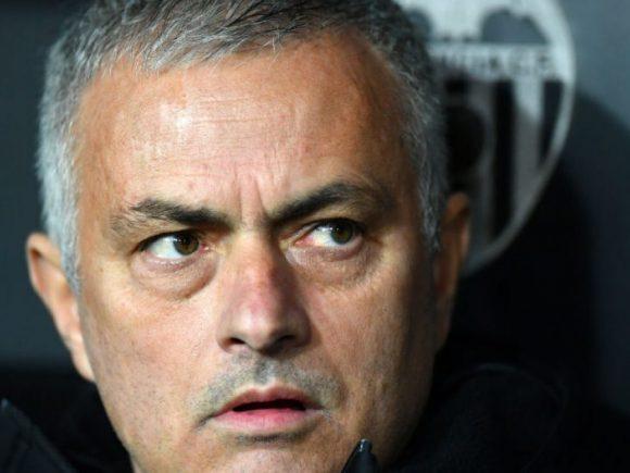 Unitedi njofton shkarkimin e Mourinhos