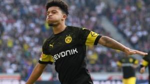 """VIDEO/ """"I magjishëm"""" midis tre lojtarëve, shikoni spektaklin që dhuron """"xhevahiri"""" i Dortmundit"""
