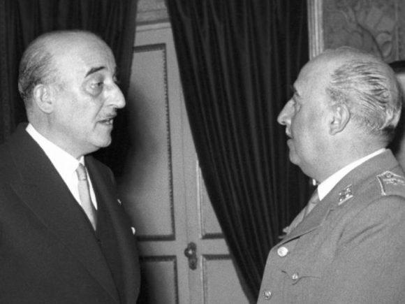 Barcelona kthen medaljet që iu dha diktatori, Franco