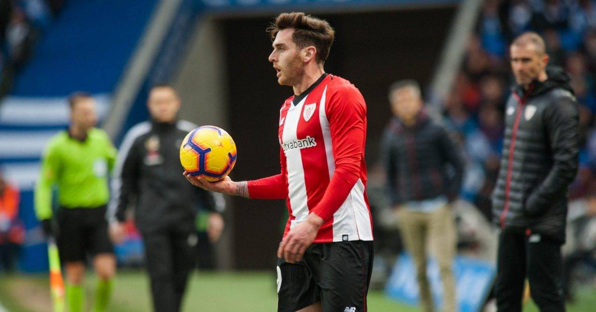 Zhvillon 150 ndeshje me Athletic Bilbaon, i fton në darkë 150 tifozë besnikë të tij ku do të servohet ushqim të shëndetshëm
