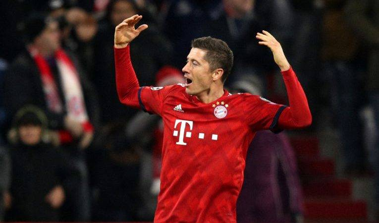 Bayerni mposht lehtësisht Monchengladbach, barazon Dortmundin me pikë në krye të tabelës