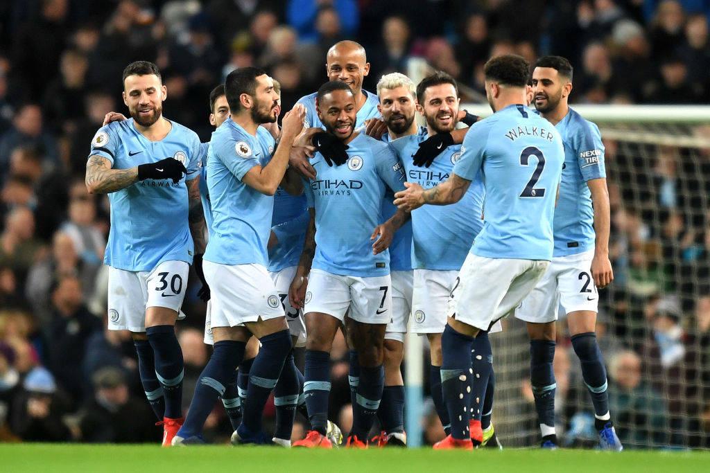 City mposht Watfordin me het-trikun e Sterling dhe forcohet në krye të tabelës
