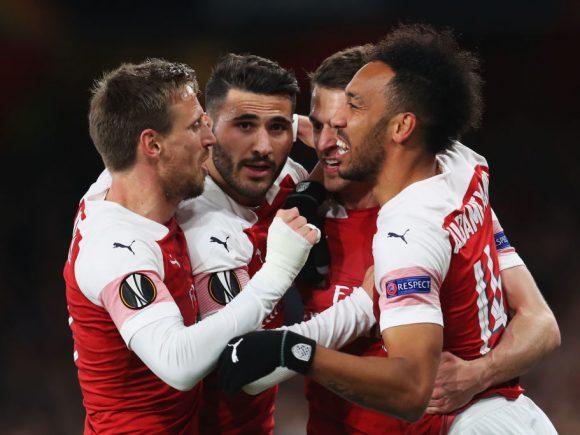 Arsenali fiton ndeshjen e parë ndaj Napolit