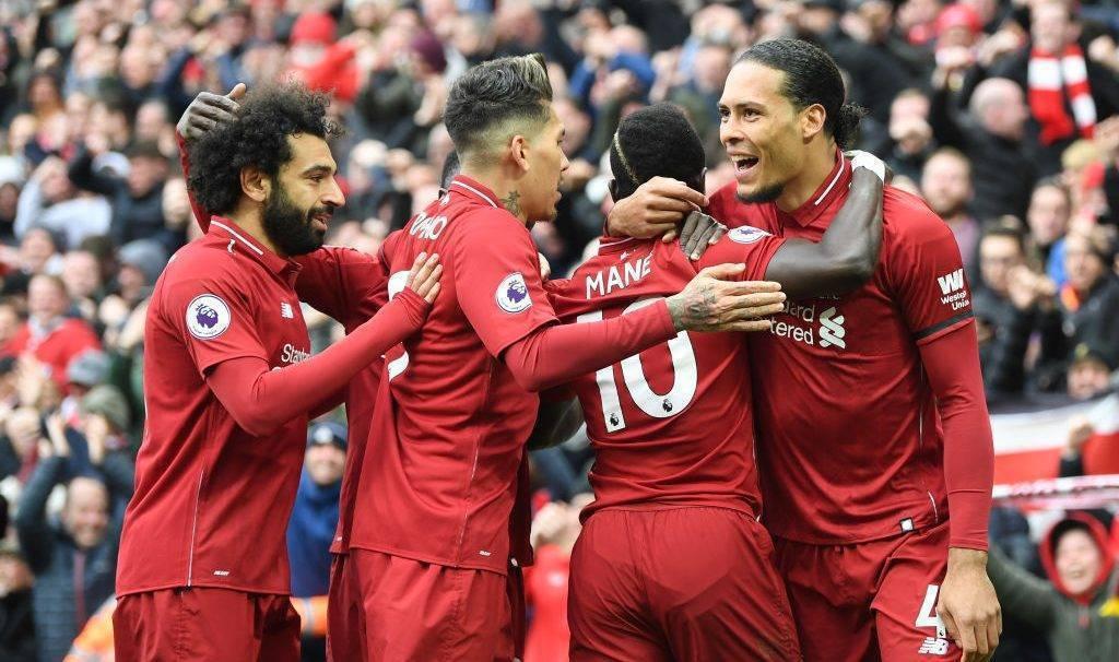 Tifozët e Liverpoolit vazhdojnë të ëndërrojnë pas fitores ndaj Chelseat në Anfield