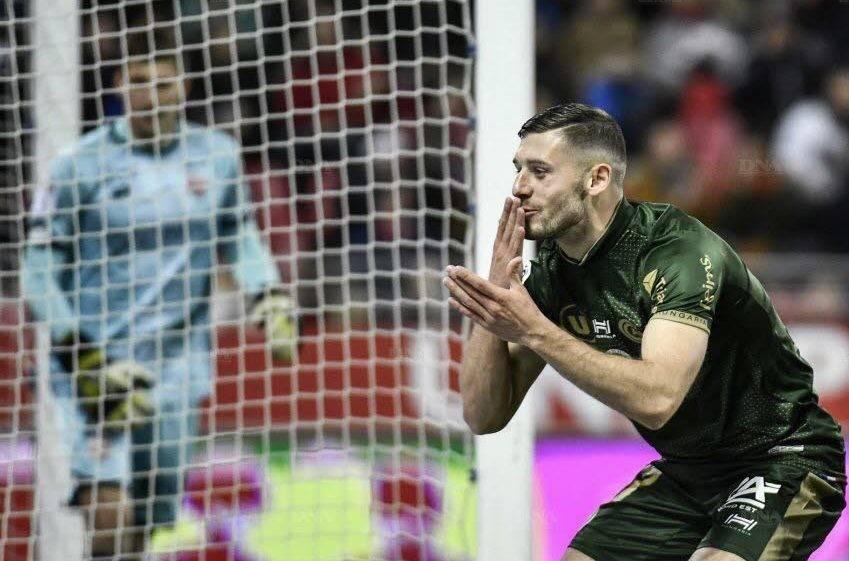 Arbër Zeneli realizon gol nga penalltia në humbjen e Reims nga Caen