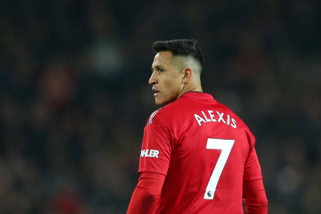 Interi kontakton Unitedin për Sanchezin