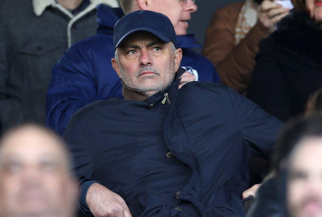 Mourinho beson se mund t'i zgjidhë problemet e PSG-së në Evropë