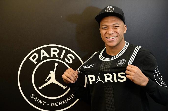 Mbappe dhe PSG në bisedime për kontratën e re